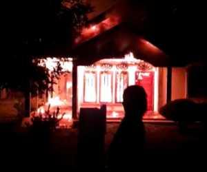 BREAKING NEWS - Satu Rumah Terbakar di Nagan Raya