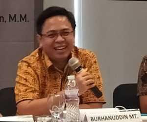 Jokowi Mati Gaya Berhadapan Dengan Habib Rizieq yang Makin Populer