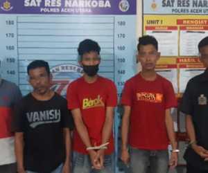 Diduga Lagi Pesta Sabu, Lima Pemuda Dicokok Polisi