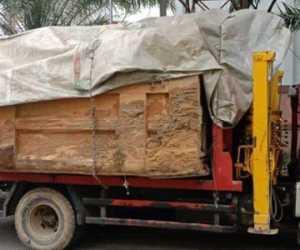 Truk Berisi Puluhan Drum BBM Bersubsidi Ditangkap Polres Nagan Raya
