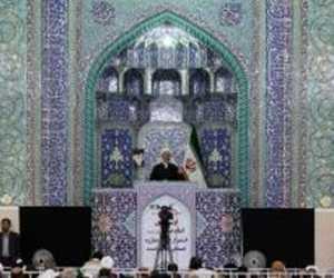 Khutbah Jumat: Bolehkah Umat Muslim Merayakan Tahun Baru?
