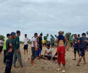 Warga Desa Lhung Tarok Abdya Ikut Bantu Pencarian Korban Terseret Arus