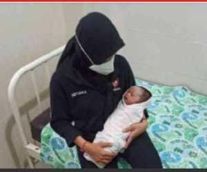 Bayi Laki-laki Ditinggal di Masjid, Warga Rebutan Jadi Ibu Asuh