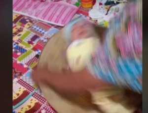 Viral Tradisi Bayi Baru Lahir dengan Cara Diputar-diputar dan Ditepuk, Netizen: Itu Nyiksa Bayi