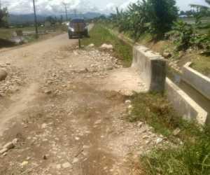 Jembatan Penghubung Antar Desa di Abdya Terancam Ambruk