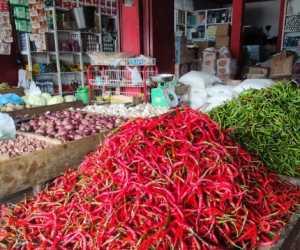 Jelang Hari Raya, Omzet Pedagang di Pasar Tradisional Aceh Jaya Turun Drastis