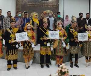Sabet Nilai Tertinggi, Andriansyah dan Sarmila Terpilih Sebagai Duta Wisata Aceh Jaya