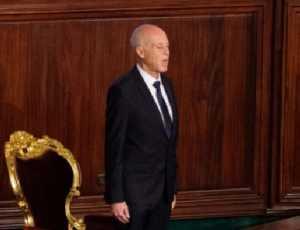 Presiden Tunisia Pecat Perdana Menteri dan Bekukan Parlemen