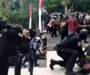 Viral! Mahasiswa Dibanting ke Trotoar, Netizen: Langsung Kabur
