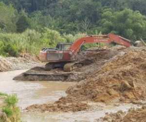 Duh! Jurnalis Seuramoe Diisukan Terima Ini dari Ilegal Mining