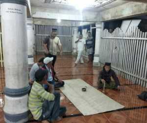 Mendadak Jadi Iman Sholat, Seorang Pria Dilapor ke Polisi
