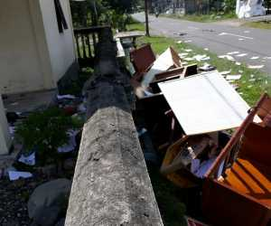 Buntut Pemecatan Keuchik Warga Obrak Abrik Kantor Desa