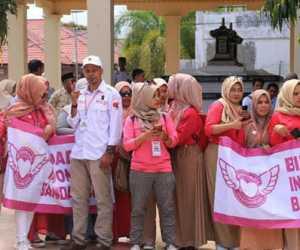 Di Makam Iskandar Muda, Sandiaga Uno di Sambut Bidadari