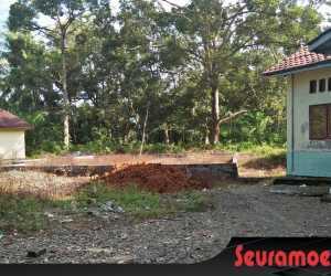 PT BSP Bantu Satu Truk Tanah Untuk Pesantren Bustanul Islam