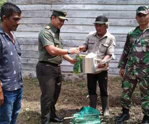 Keluarga Kurang Mampu Dapat Bantuan Dari Dandim 0114 Aceh Jaya