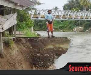 Erosi Kreung Babahrot Ancam Rumah dan Kebun Warga Abdya