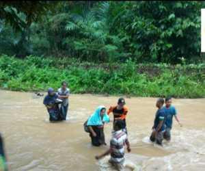 Puluhan Warga Nagan Raya Terjebak Banjir di Kuala Bate Abdya