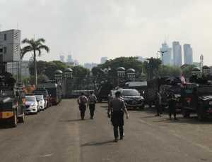 Jelang Pelantikan Presiden dan Wakil Presiden Gedung DPR Dijaga Super Ketat