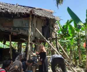 DPD KNPI Nagan Raya Bantu Janda Miskin Penghuni Gubuk Tua