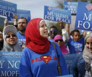Mantap..! Lawan Islamofobia, Ribuan Wanita Gunakan Jilbab