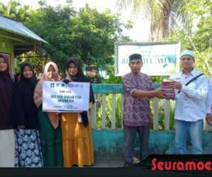 Rumah KAMMI Peduli Wakafkan Al Quran Untuk TPA Aceh Barat