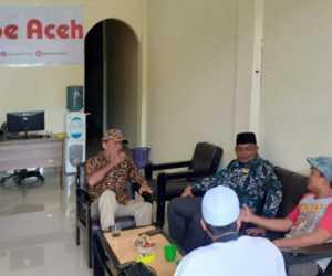 Ketua DPW FPI Nagan Raya Kunjungi Kantor Redaksi Seuramoe Aceh