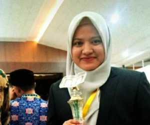 Peraih Juara 1 Cabang Tilawah MTQ Aceh, Inilah Sosok Nur Azizah