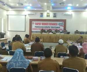Cegah Korupsi, Pemkab Abdya Lakukan Monitoring dan Evaluasi Bersama KPK