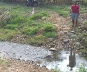 Petani Kebun Di Kecamatan Jeumpa Dambakan Jembatan