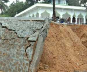 Talut Masjid Jebol, Warga Minta Kepala Desa Bertanggung Jawab