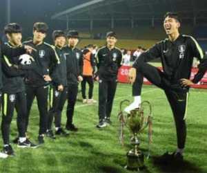 Salebrasi Injak Piala, Gelar Juara Timnas U-18 Korea Selatan Dibatalkan