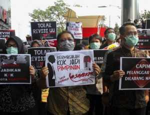 Jika Tak Terbitkan Perpu KPK, Ini Delapan Efek Buruk Bagi Jokowi