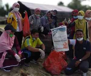Sambut Hari Kebersihan Sedunia, Ratusan Relawan Bersih Pantai di Abdya