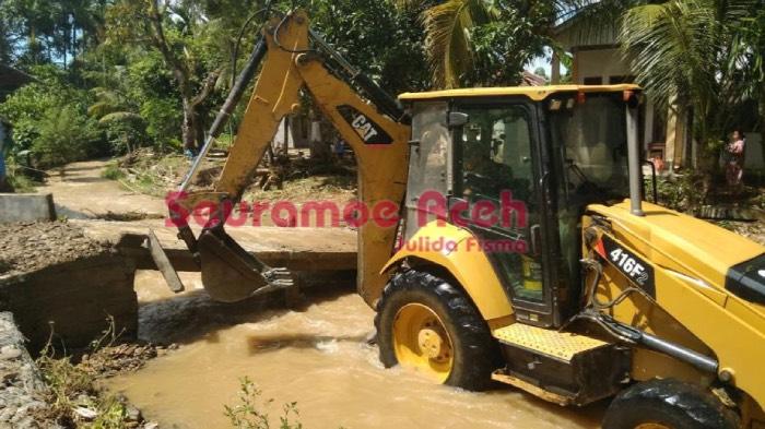 Paska Banjir Sejumlah Fasilitas Umum di Abdya Rusak