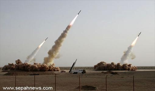 Iran Lancarkan Serangan ke Pangkalan Militer AS di Irak