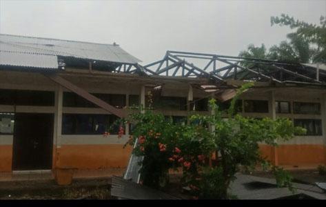 Angin Puting Beliung Rusak Rumah Warga dan Sekolah di Abdya