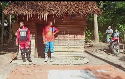 Janda Miskin di Abdya Terima Bantuan Dari Komunitas Konco Trail