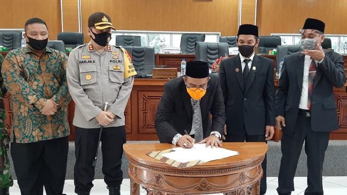 Bupati Aceh Jaya Sampaikan LKPJ, Ini Sikap DPRK