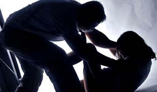 Nah! Diduga Lakukan Pelecehan Seksual, Oknum Keuchik Dipolisikan Warga