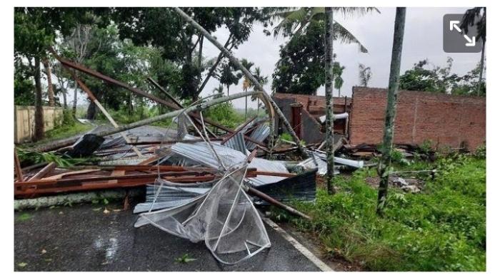 Puting Beliung Terjang Aceh Tenggara, Puluhan Rumah Warga Rusak