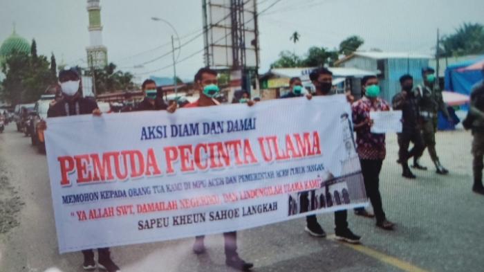 Puluhan Pemuda Pencinta Ulama di Abdya Gelar Aksi Damai di Blangpidie