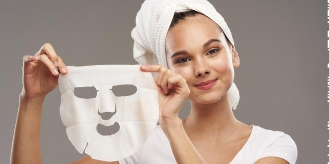 Ini Efek Samping Jika Terlalu Lama Memakai Masker Wajah