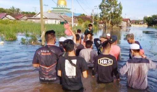 Mantan Anggota FPI Turun ke Lokasi Bencana Banjir Kalsel