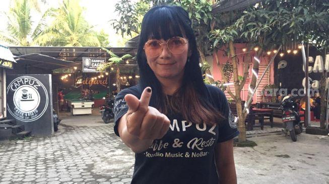 Tertarik? Beli Kafe, Sang Pemilik Siap Jadi Istri Sebagai Bonus