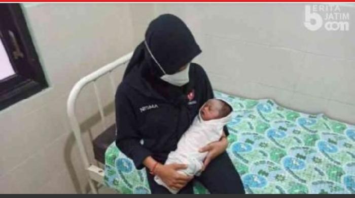 Bayi di Abdya Ditemukan Atas Kursi Sebuah Warung Terbungkus Plastik
