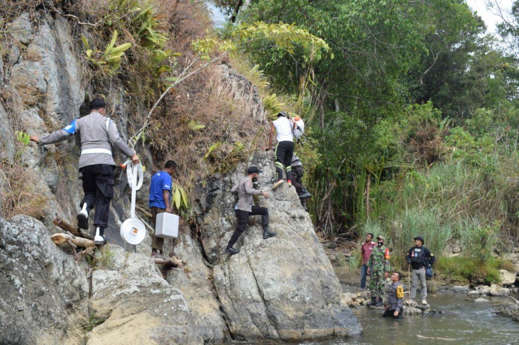 Kerja Keras Tim Satgas Penanggulangan Karhutla Polres Nagan Raya