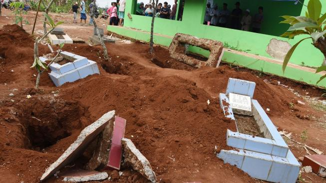 Tiga Jasad Korban COVID-19 Hilang Secara Misterius dari Makam