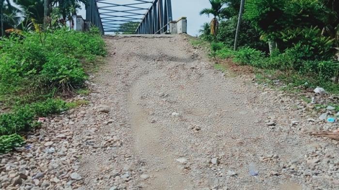 Tanjakan Jembatan Lhok Pawoh Abdya,Rawan Kecelakaan