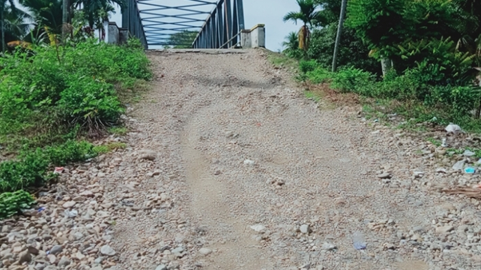 Sering Kecelakaan, Warga Minta Oprit Jembatan Lhok Pawoh Abdya Segera di Aspal