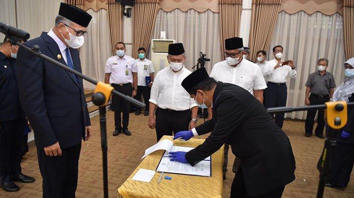 Gubernur Aceh Rombak Kabinet, 15 Pejabat Dilantik